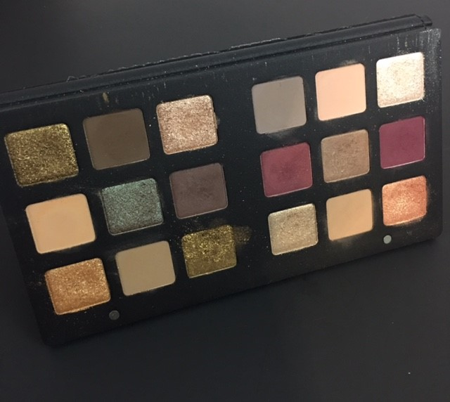 standing-palette